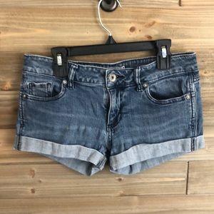 ❤️ Bullhead regular wash denim shorts Size XS ❤️